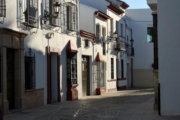 Clásica arquitectura rondeña en el casco urbano