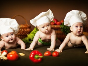 Postal: Bebés cocineros