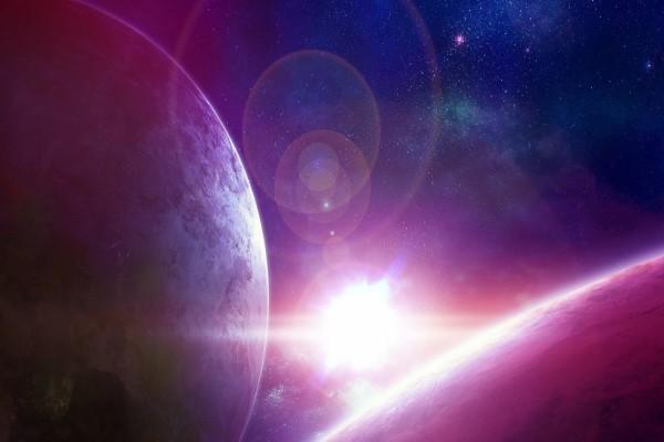 Explosión de luz estelar entre planetas