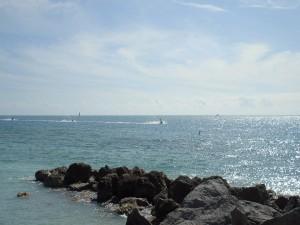 Motos acuáticas en el mar