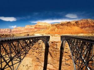 Puente Navajo sobre el río Colorado