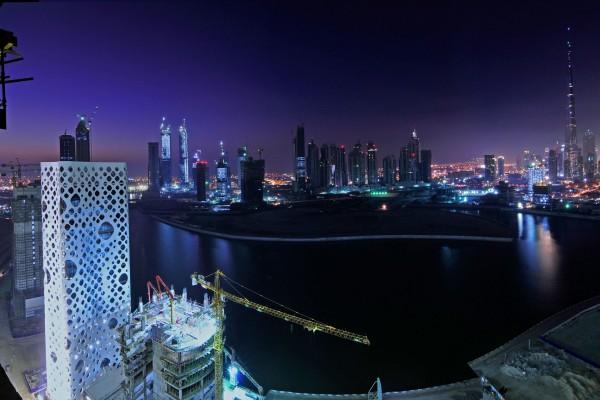 Noche en la ciudad de Dubai