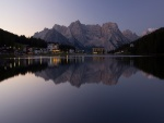 Casas con vistas a un lago
