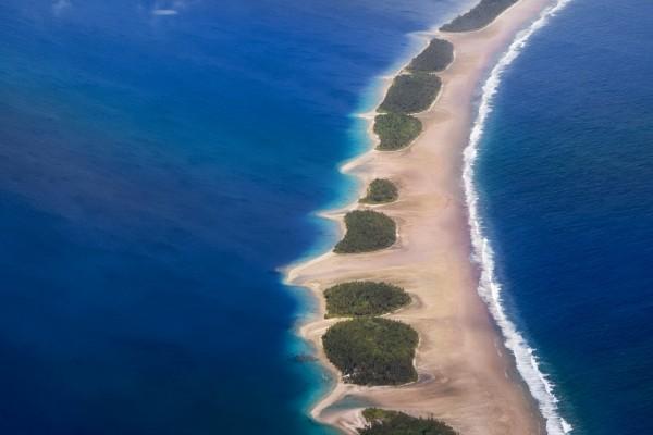 Barrera natural en el océano