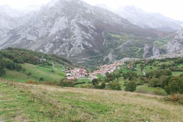 Hermosas vistas de Sotres (Asturias)