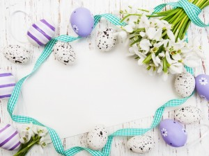 Tarjeta con elementos decorativos para Pascua