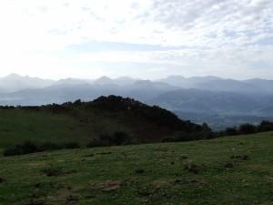 Postal: Picos de Europa vistos desde la Sierra del Sueve (Asturias)