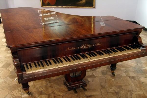 Elegante piano