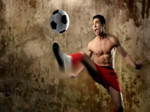 Postal: Un joven futbolista