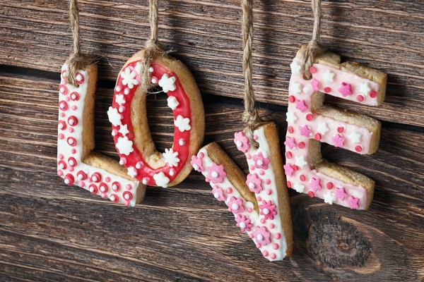 Love escrito con galletas