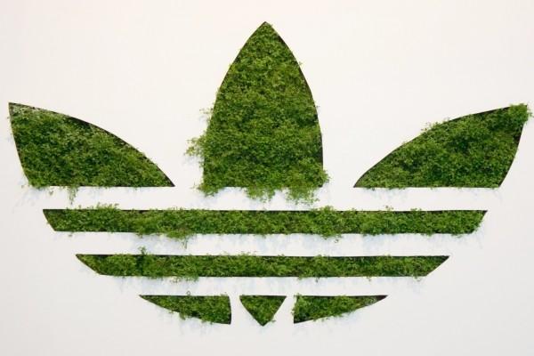 Logotipo verde de Adidas