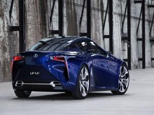 Lexus LF-LC de un bonito color azul
