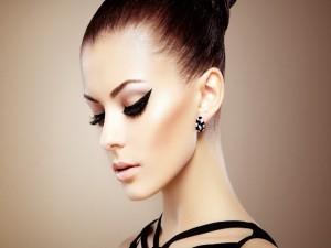 El perfil de una hermosa mujer