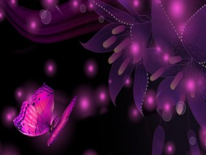 Postal: Mariposa volando junto a unos lirios con destellos rosados
