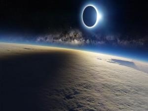 Postal: Eclipse en el espacio