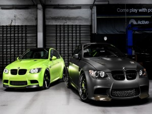 Postal: Dos coches BMW