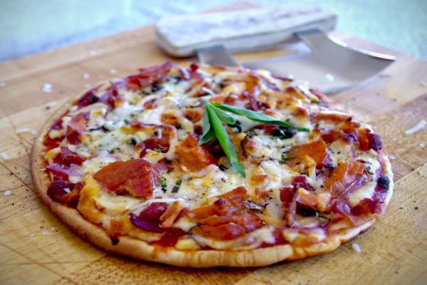 Una rica pizza casera