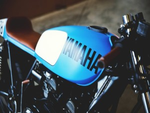 Postal: Una antigua Yamaha