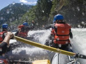 Postal: Equipo de rafting
