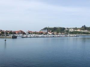 Postal: Barcos en el puerto de Ribadesella (Asturias)