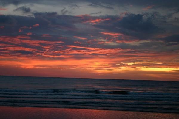 Suave oleaje al amanecer