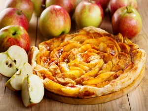 Postal: Tarta de hojaldre y manzana