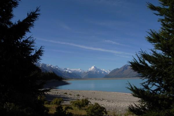 Monte Cook visto desde el lago Tekapo, Nueva Zelanda