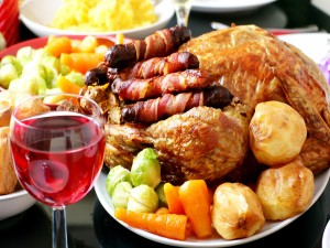 Pollo asado con patatas y verduras