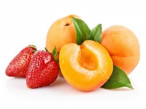 Fresas y albaricoques