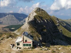 Refugio en el Monte Velino, Italia