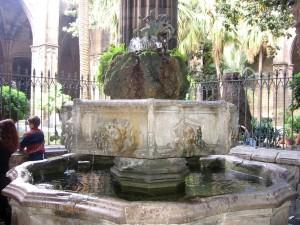 Postal: Fuente de San Jorge, de Andreu Escuder (Catedral de Barcelona)