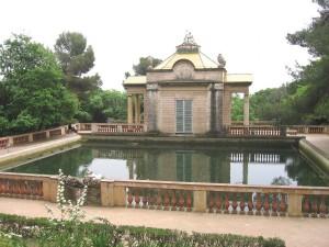 Postal: Fuente de los Delfines (Laberinto de Horta, Barcelona)
