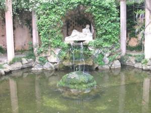 Postal: Fuente de la Ninfa Egeria (Laberinto de Horta)
