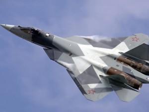 Avión ruso Sukhoi Pak FA alcanzando la velocidad del sonido