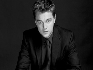 Imagen en blanco y negro de Leonardo DiCaprio