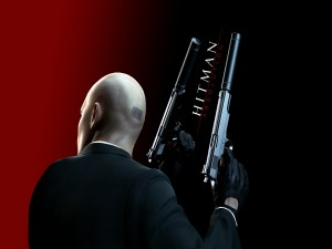 Agente 47 con dos pistolas (Hitman: Absolution)