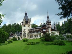 Deslumbrante castillo de Peles (Rumania)