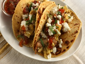 Tacos con varios ingredientes