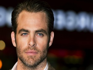 El atractivo actor Chris Pine