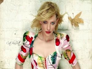 La actriz Cate Blanchett con un original vestido