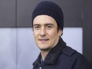 Orlando Bloom con un gorro de lana