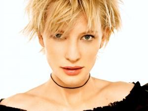 Una joven Cate Blanchett