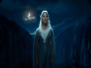 Cate Blanchett interpretando a la elfa Galadriel (El Hobbit)