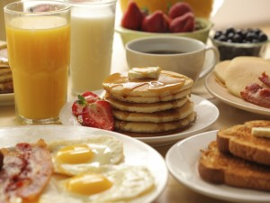 Un desayuno variado y calorico