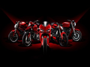 Motos Ducati de color rojo