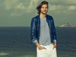 Ashton Kutcher con un look marinero