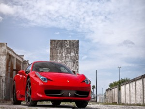 Ferrari 458 Italia rojo