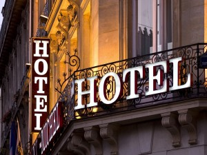 Fachada de un hotel