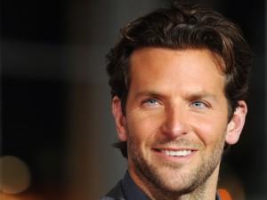 La bonita mirada de Bradley Cooper