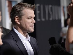 Matt Damon hablando con la prensa